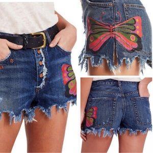 •FREE PEOPLE• Fields of Sun Denim Cut-off Shorts